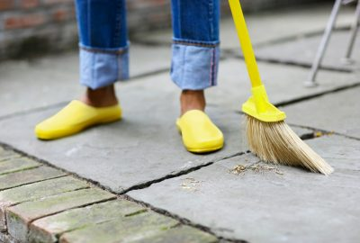 Basic cleaning services of outdoor areas of the house | House Solutions